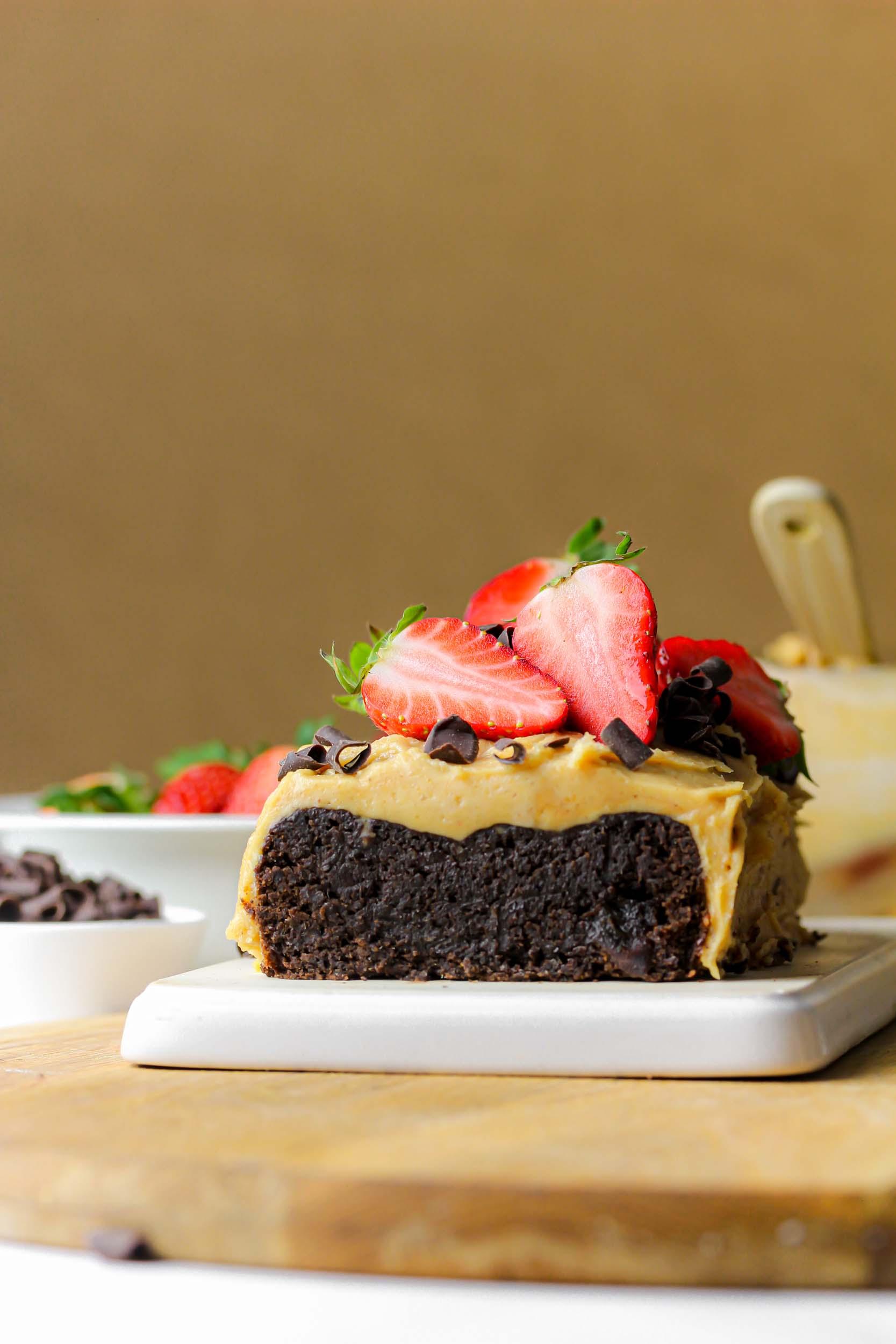 Brownie med jordnötssmörfrosting