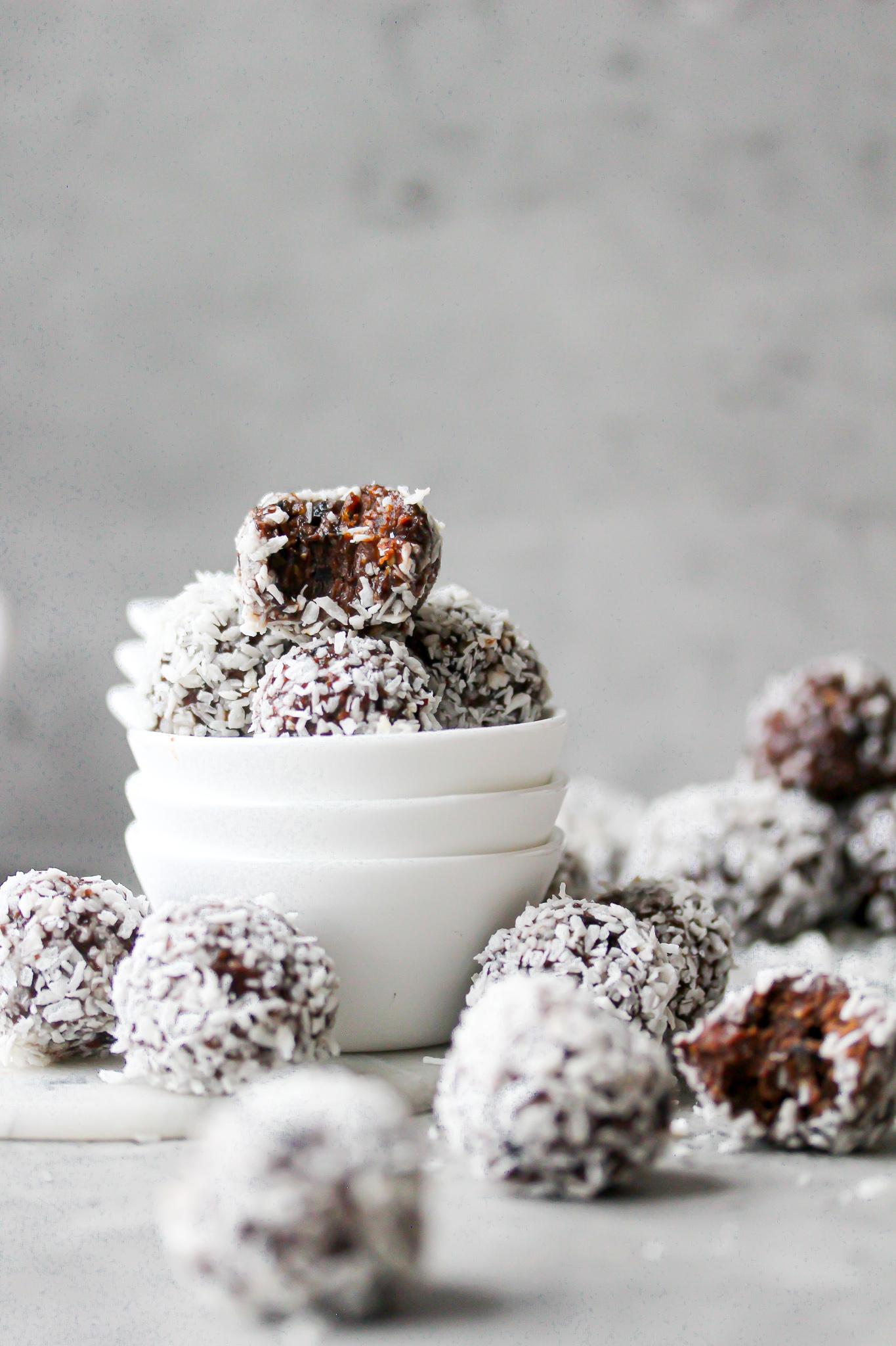 Mejerifria chokladbollar på svarta bönor