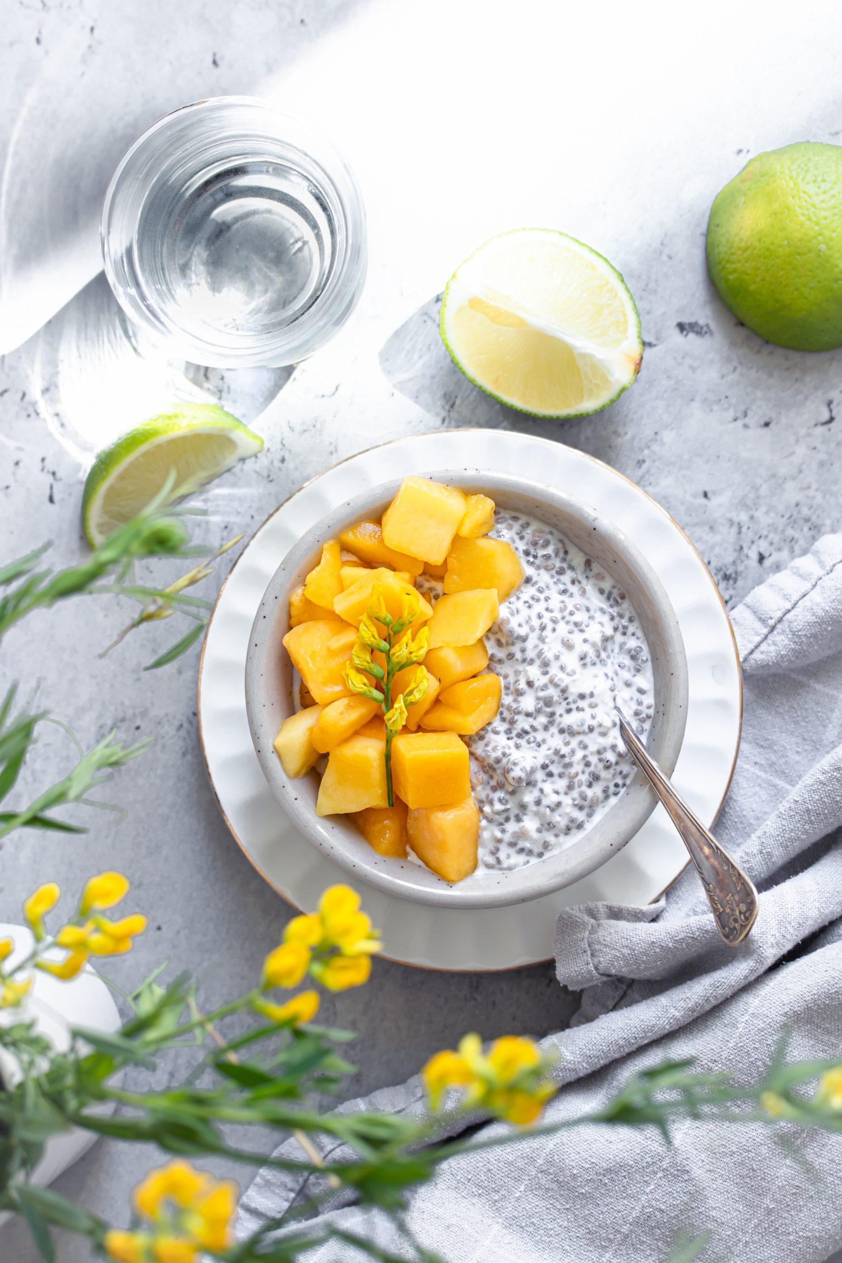 Chiapudding med kokos, mango & lime