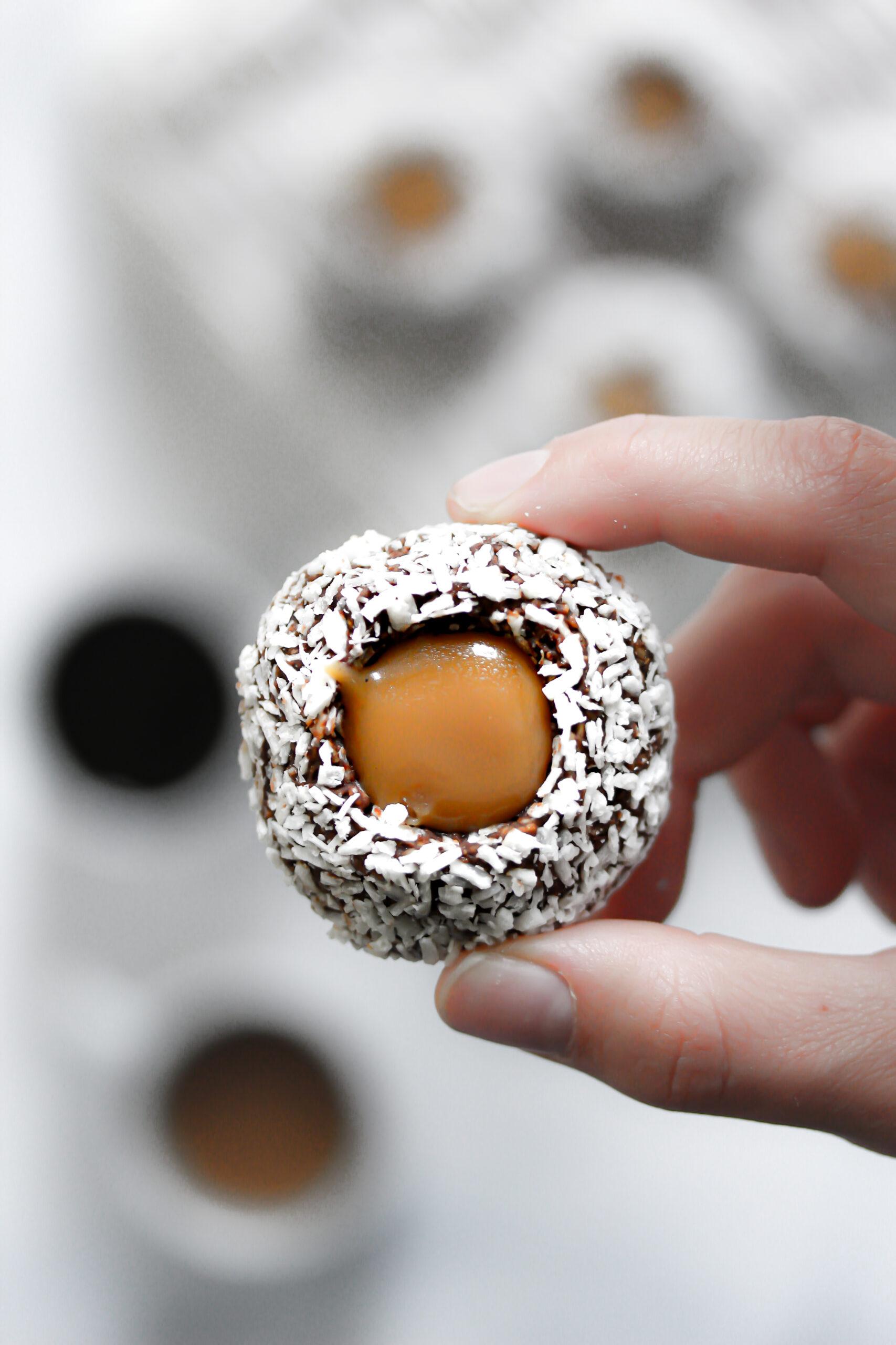 Chokladbollsgrottor med kola